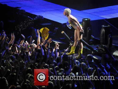 Miley Cyrus 113