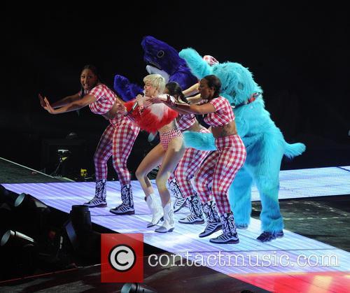 Miley Cyrus 120