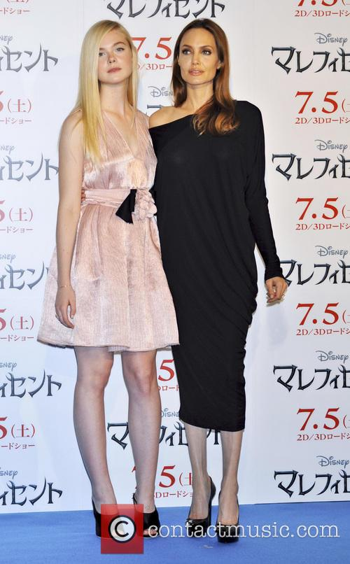 Elle Fanning and Angelina Jolie 3