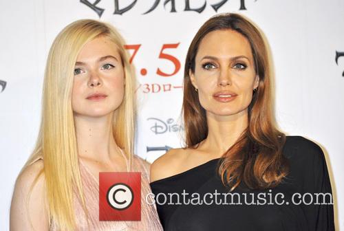 Elle Fanning and Angelina Jolie 7