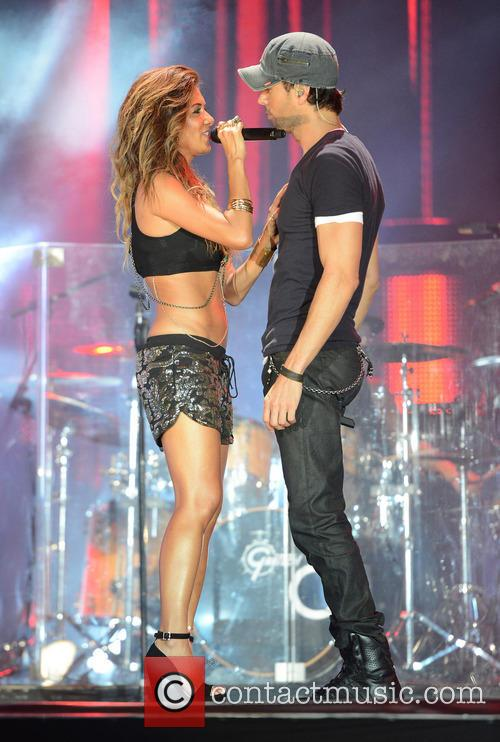 Enrique Iglesias and Nicole Scherzinger 5