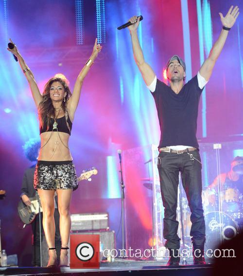Enrique Iglesias and Nicole Scherzinger 6
