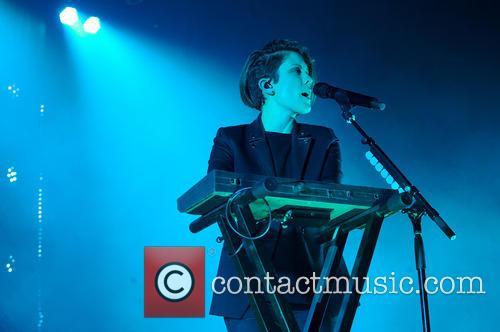 Tegan and Sara perform live