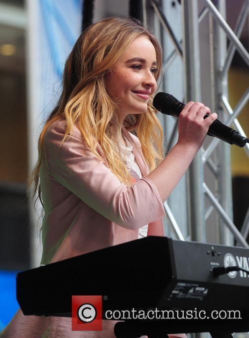 Sabrina Carpenter 3