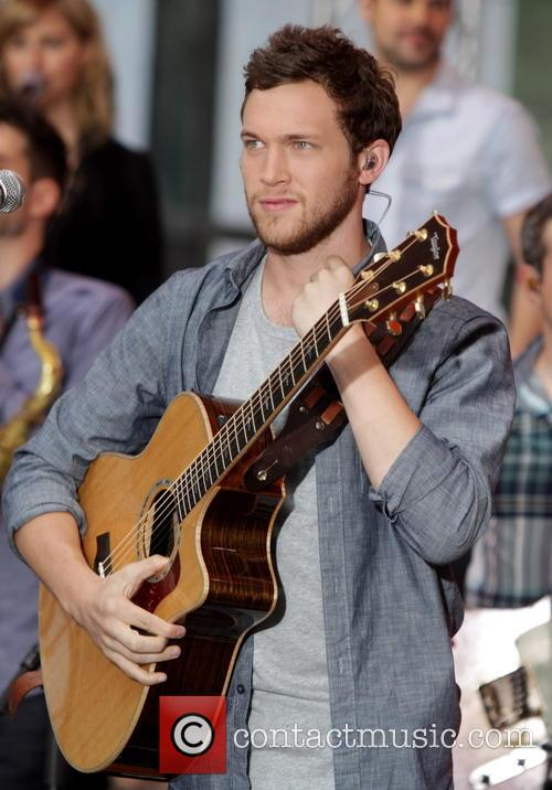 Phillip Phillips 6