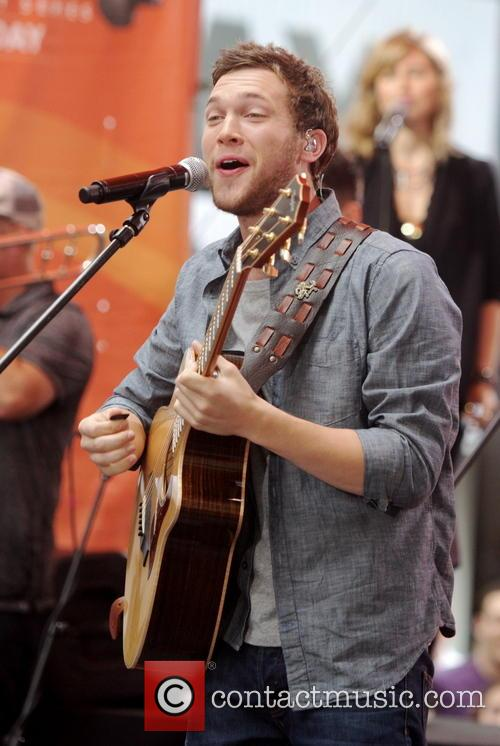 Phillip Phillips 8