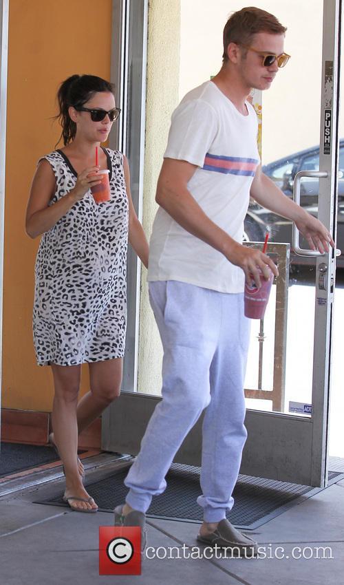 Rachel Bilson and Hayden Christensen 17