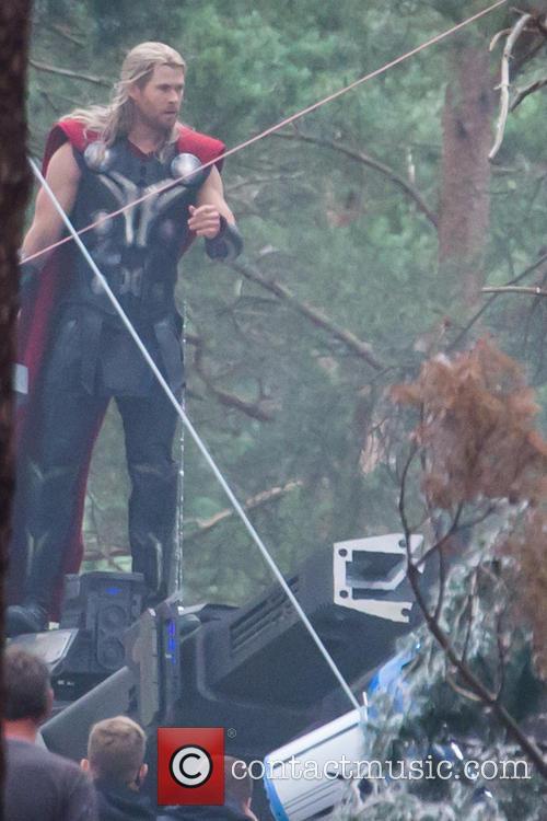 Chris Hemsworth Filming The Avengers 2 Thor