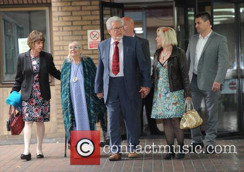 Rolf Harris, Bindi Harris and Alwen Hughes 10