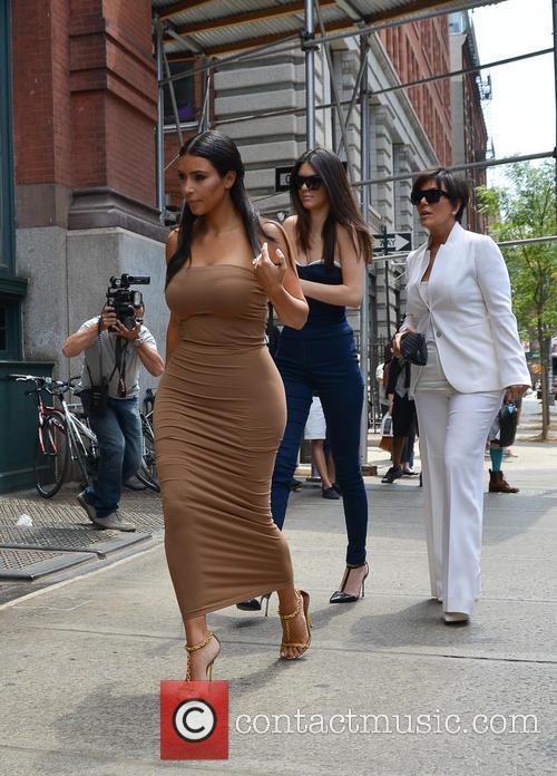 Kendall Jenner, Kim Kardashian and Kris Jenner 4