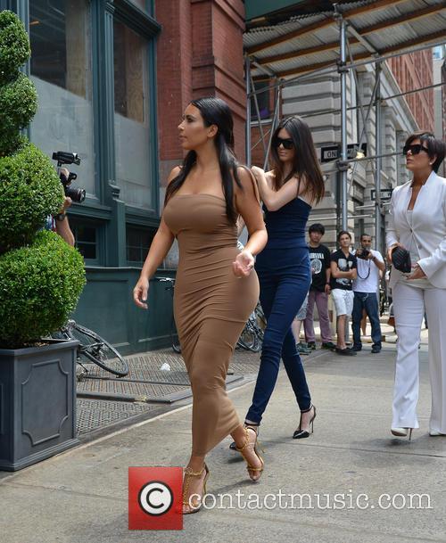 Kendall Jenner, Kim Kardashian and Kris Jenner 5