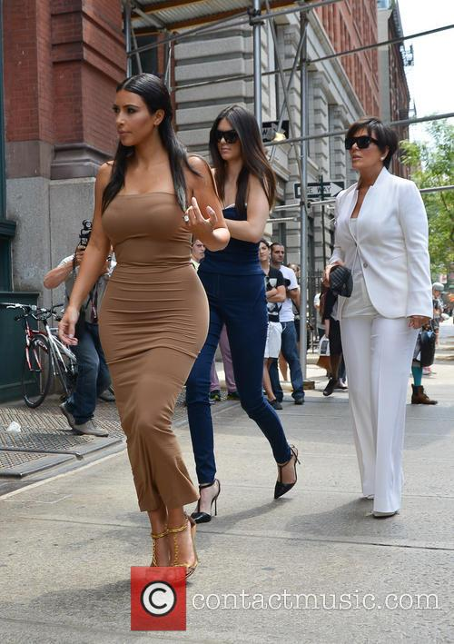 Kendall Jenner, Kim Kardashian and Kris Jenner 10