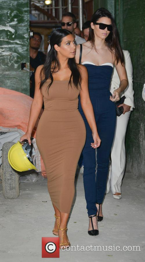 Kendall Jenner and Kim Kardashian 11