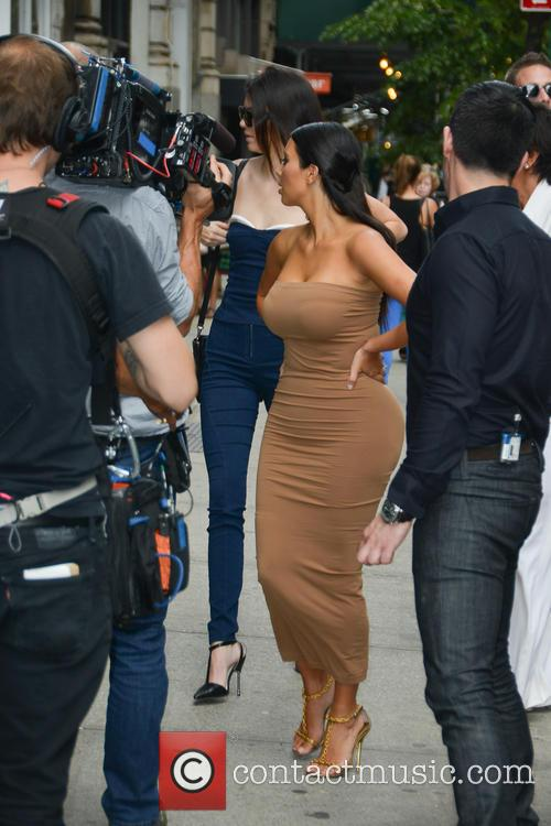 Kendall Jenner and Kim Kardashian 13