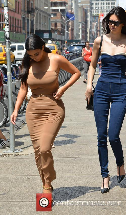 Kendall Jenner and Kim Kardashian 19
