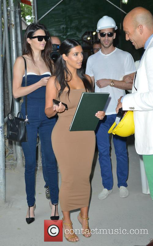 Kendall Jenner and Kim Kardashian 22