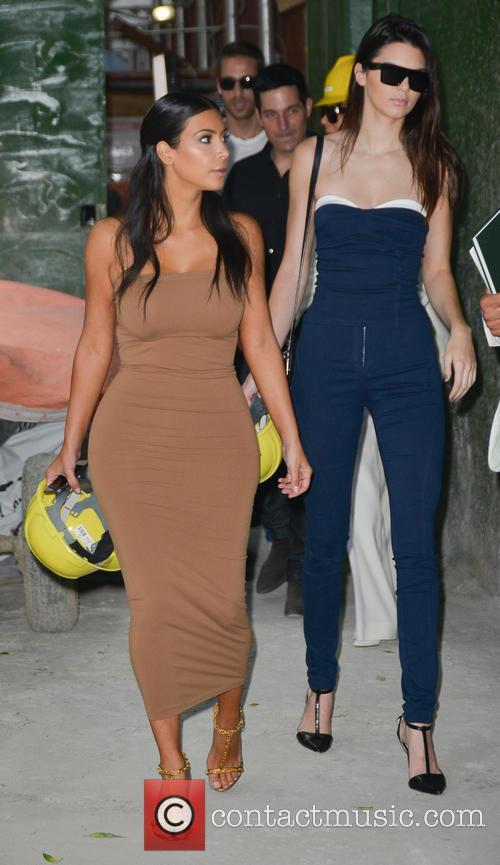 Kendall Jenner and Kim Kardashian 29