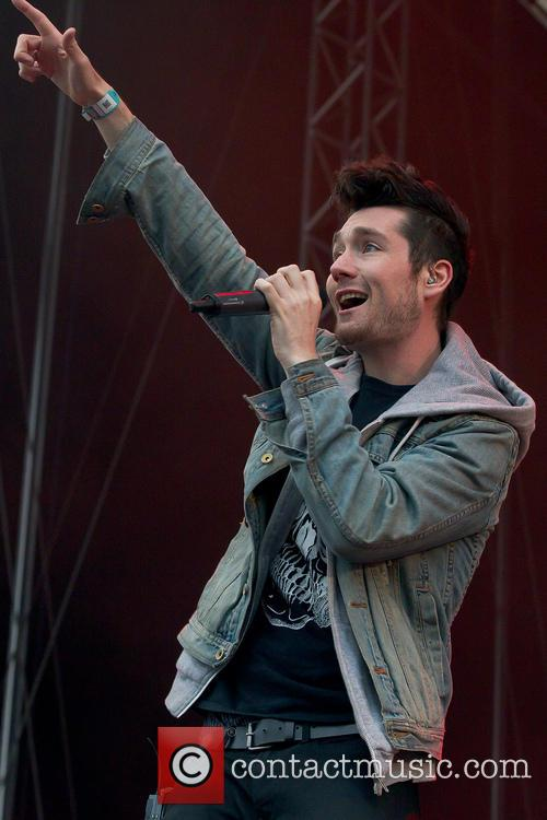 Dan Smith and Bastille 4