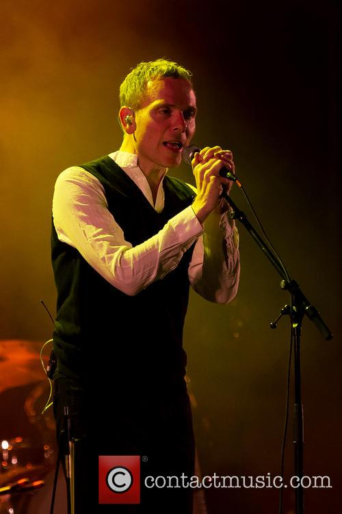 Stuart Murdoch, Belle and Sebastian 2
