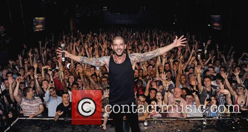 Darcy Oake and Atmosphere 8