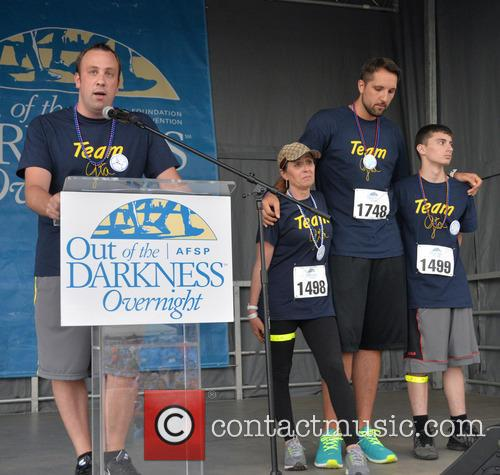 Craig Robinson, Donna Micheletti, Ryan Anderson and Dylan Micheletti 6