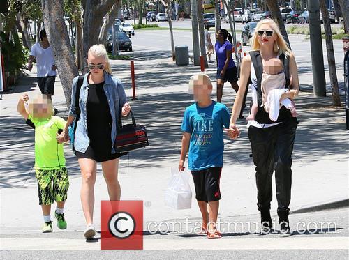Gwen Stefani, Zuma Rossdale, Kingston Rossdale and Apollo Rossdale 2