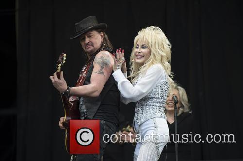 Dolly Parton and Richie Sambora 8