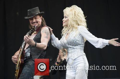 Dolly Parton and Richie Sambora 9