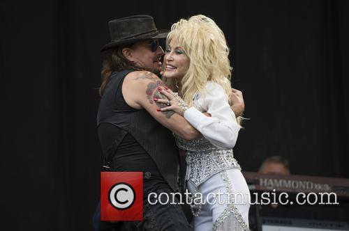 Dolly Parton and Richie Sambora 11