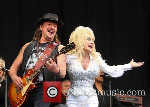 Dolly Parton and Richie Sambora 5
