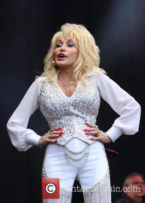 Dolly Parton 27