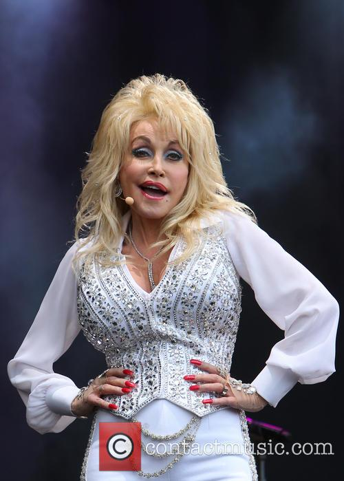 Dolly Parton 28