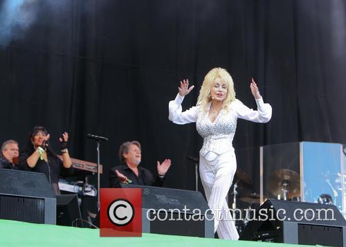Dolly Parton 30