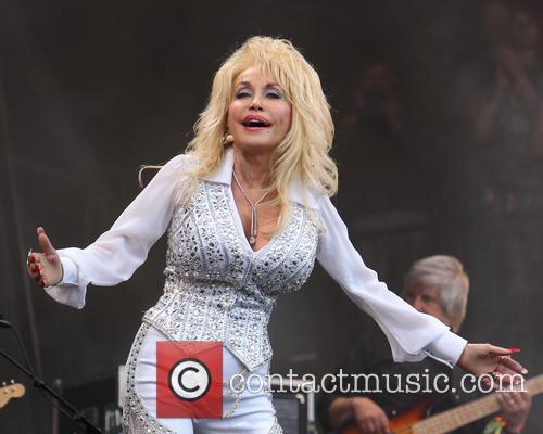 Dolly Parton 33