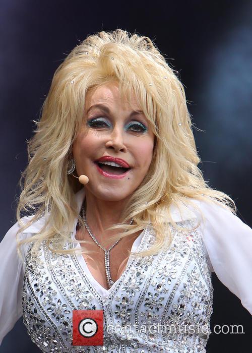 Dolly Parton 36