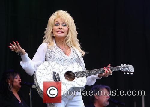 Dolly Parton 37