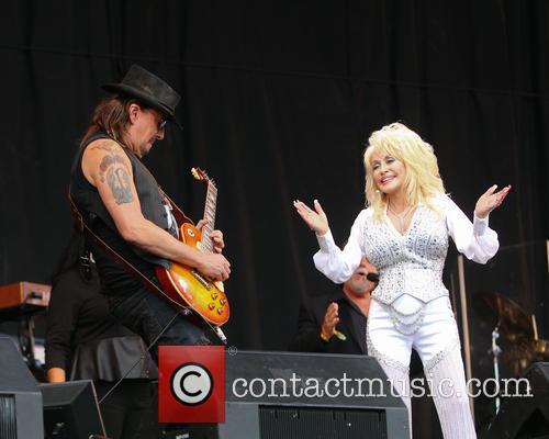 Dolly Parton and Richie Sambora 7
