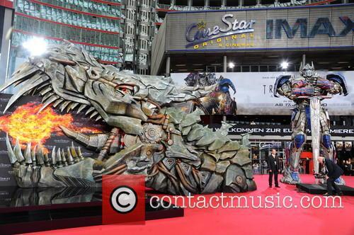 European premiere of \Transformers 4 - Aera des...