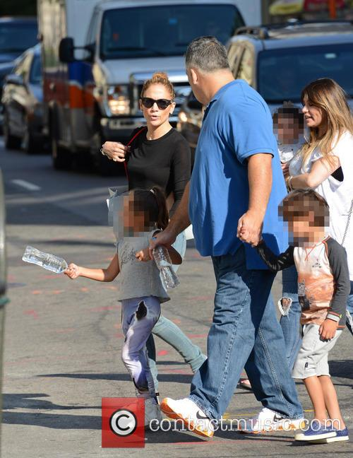 Jennifer Lopez Shopping in Soho