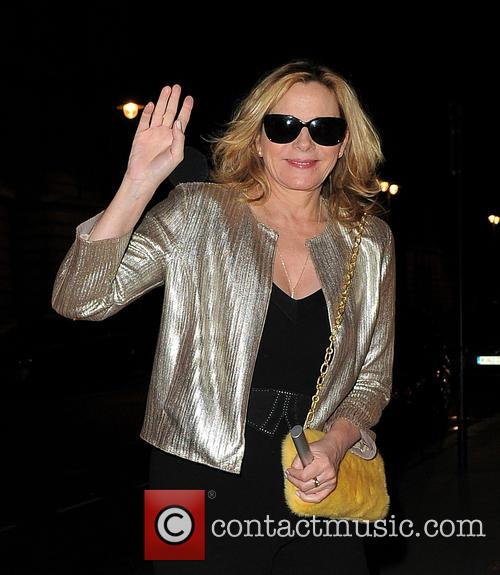 Kim Cattrall Arrives At Her Hotel