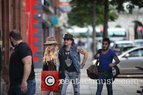 Orianthi Panagaris and Richie Sambora 4