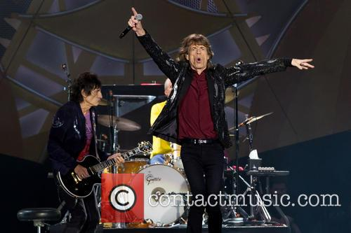 Mick Jagger and Ronnie Wood 5