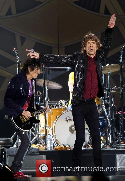 Mick Jagger and Ronnie Wood 1