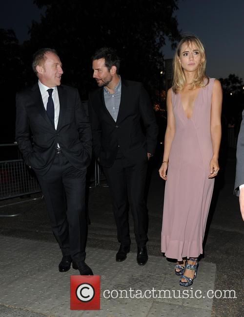 Bradley Cooper and Suki Waterhouse 6