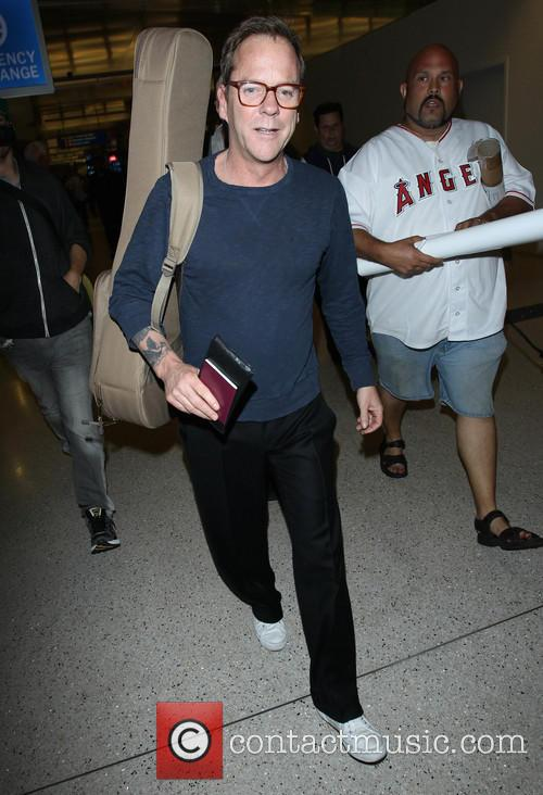Kiefer Sutherland arriving at LAX
