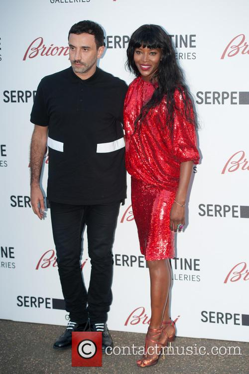 Naomi Campbell and Guest 5