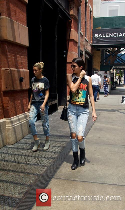 Kendall Jenner and Hailey Balwin 2
