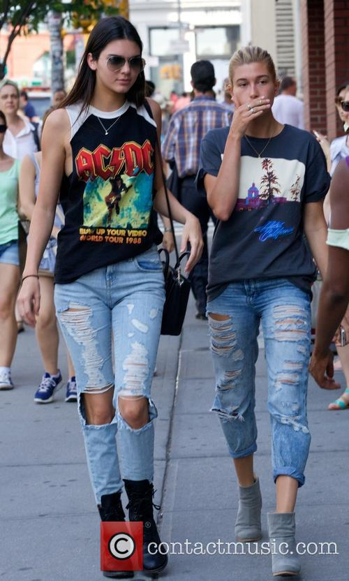 Kendall Jenner and Hailey Balwin 16