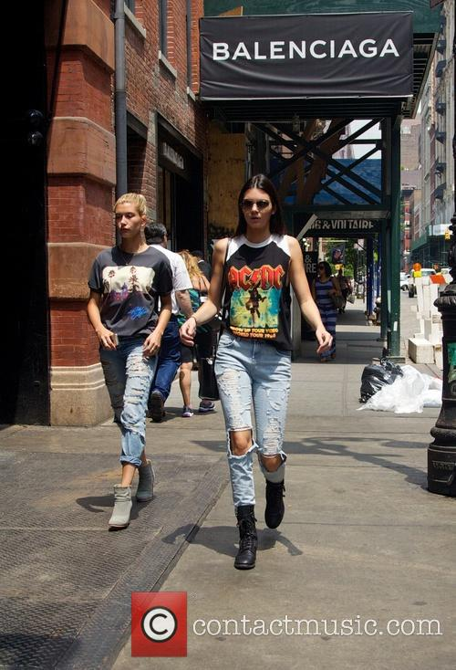 Kendall Jenner and Hailey Balwin 18