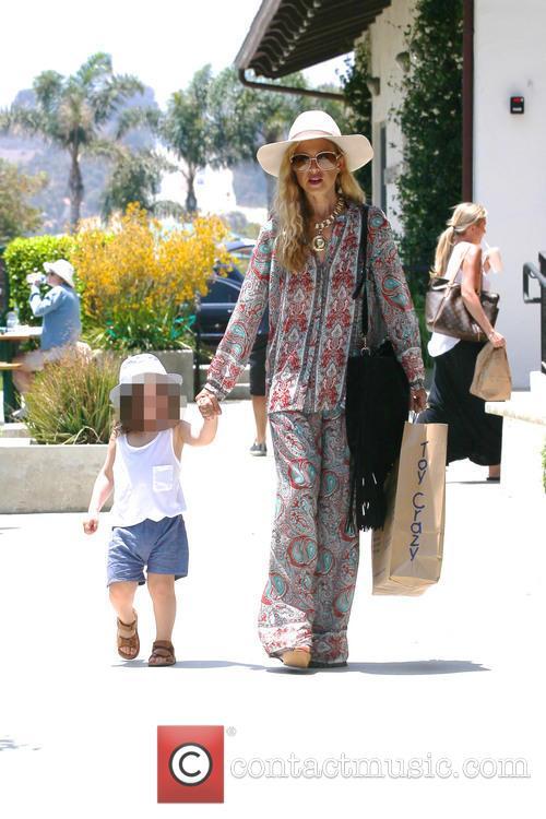 Rachel Zoe And Son Skyler Shopping For Toys